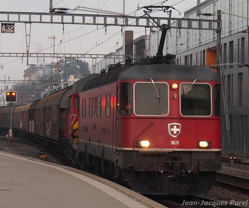 Spot du jour ferroviaire. Nouvelles photos postées le 28 Novembre 2016 Re-66-11637-sonce...l-cff_02-3b04069